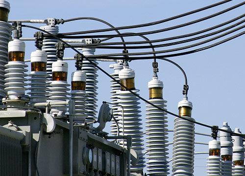 Durchführungen, Kabel und andere Anwendungen